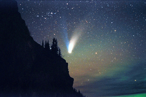 Comet over mountain
